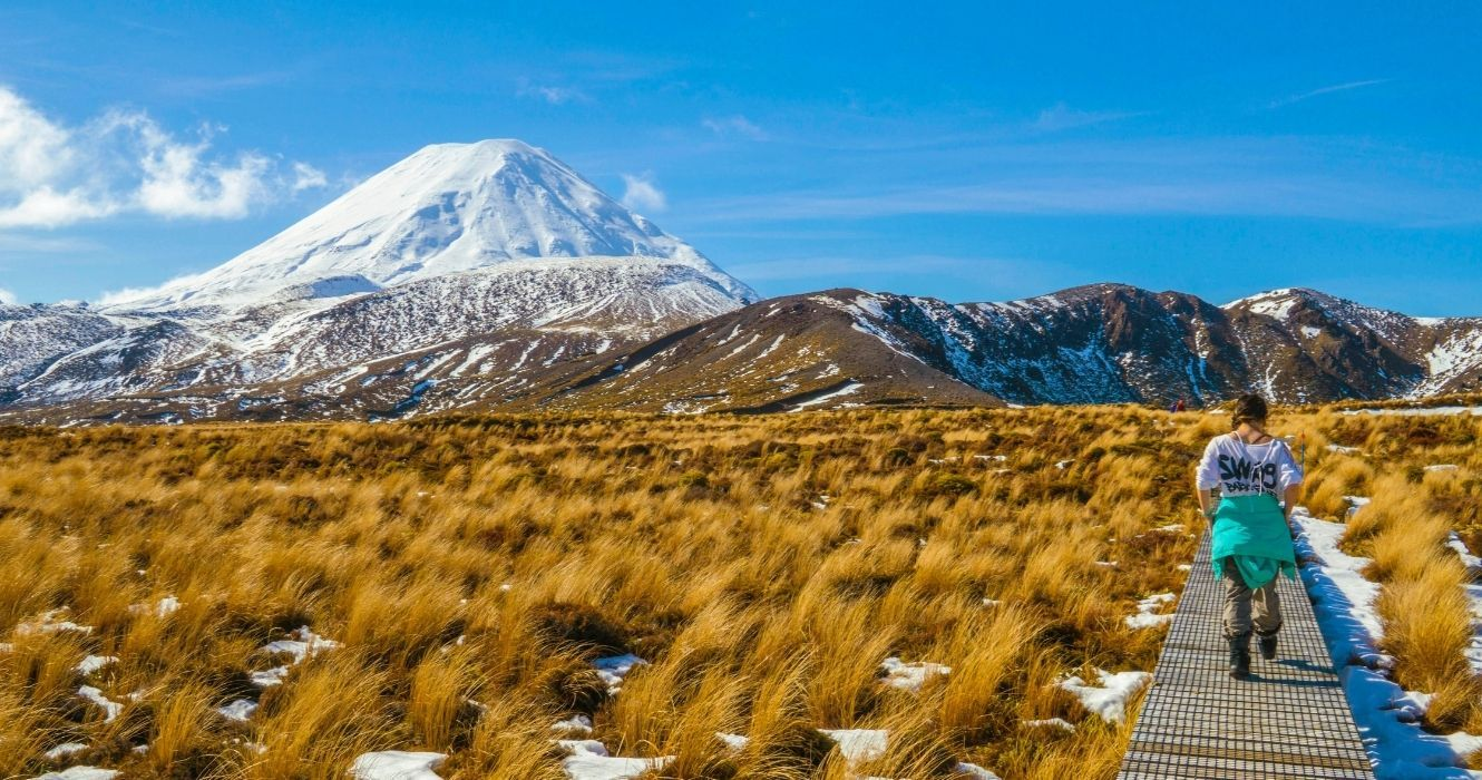 This Is How Long It Takes To Hike Tongariro Crossing (And How To Complete The Circuit)