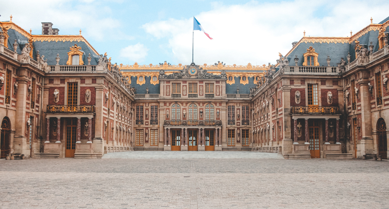 What You Need To Know Before Visiting The Opulent Palace Of Versailles