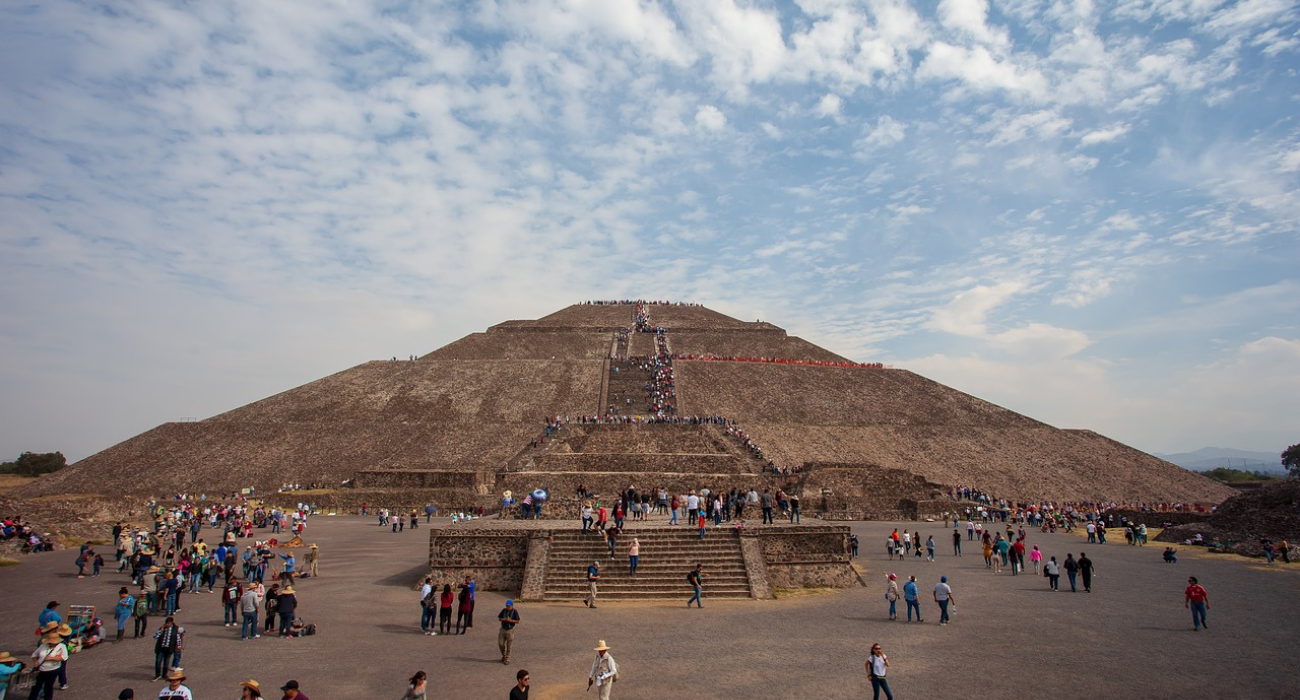 Long Before The Aztecs, This Ancient City Was One Of Largest In The World (And It's A Day Trip From Mexico City)