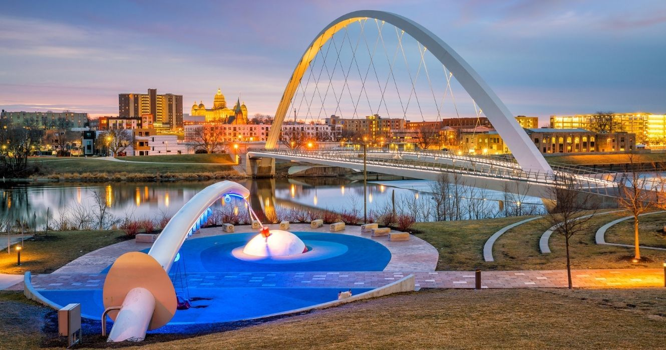 Debunking The Myth That Iowa Is Boring: Here's What To Do In This Stunning State