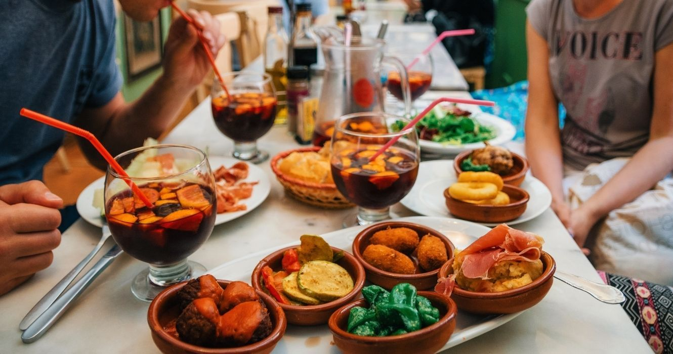 This Is What A Full Day Of Meals Looks Like In Spain, And It'll Get Your Stomach Rumbling